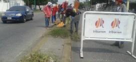 Continúa Plan Cero Maleza en plazas y avenidas de Iribarren