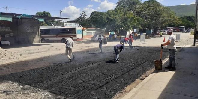 GESTIÓN MUNICIPAL | Obras de asfaltado e iluminación llegan a comunidades de Iribarren (+Fotos)