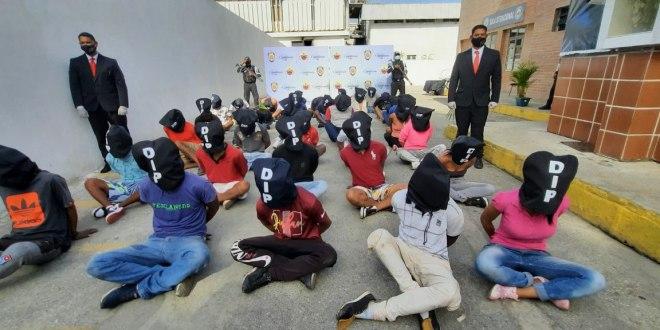 SALDO DE LA OPERACIÓN POLICIAL EN LA VEGA / 38 detenidos y 2 funcionarios heridos