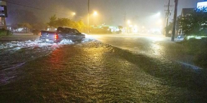 Tormenta Claudette azota el sur de EE.UU. y deja al menos 12 muertos, varios heridos y decenas de casas destruidas