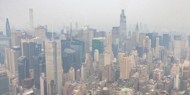 Dictan alerta de calidad del aire en Nueva York debido al humo proveniente de los incendios forestales en la costa oeste