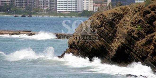TRAS EL PASO DEL HURACÁN LARRY / Se prevé incremento del oleaje en las costas venezolanas