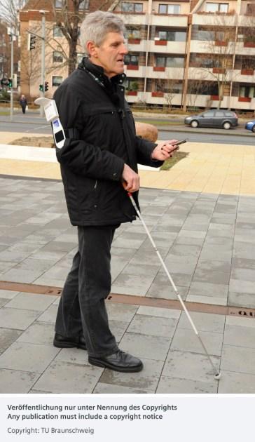Nueva aplicación de Siemens para guiar a las personas con deficiencia visual por las ciudades