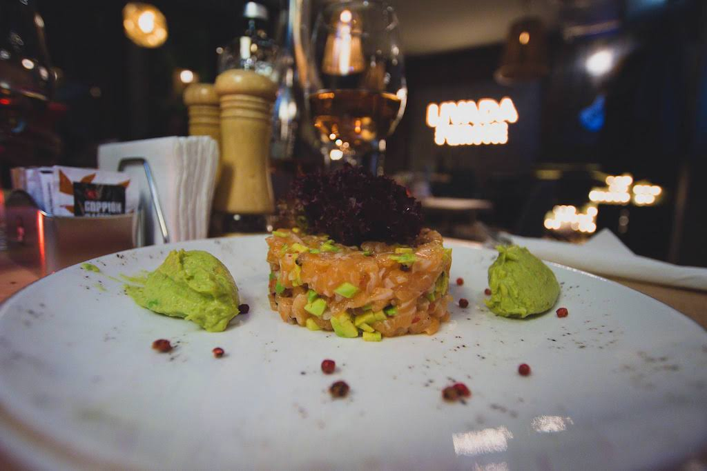 Tartar somon | #MasăÎnDoi - Livada - Restaurant & Music Lounge