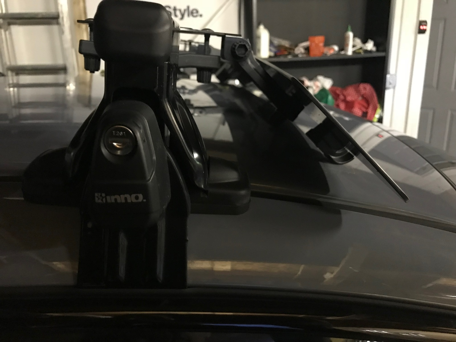 inno max roof rack with carbon fiber