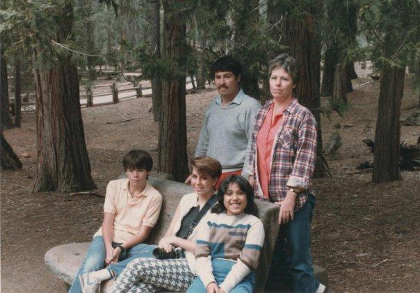 Robledo Flanagan Family - ca 1984