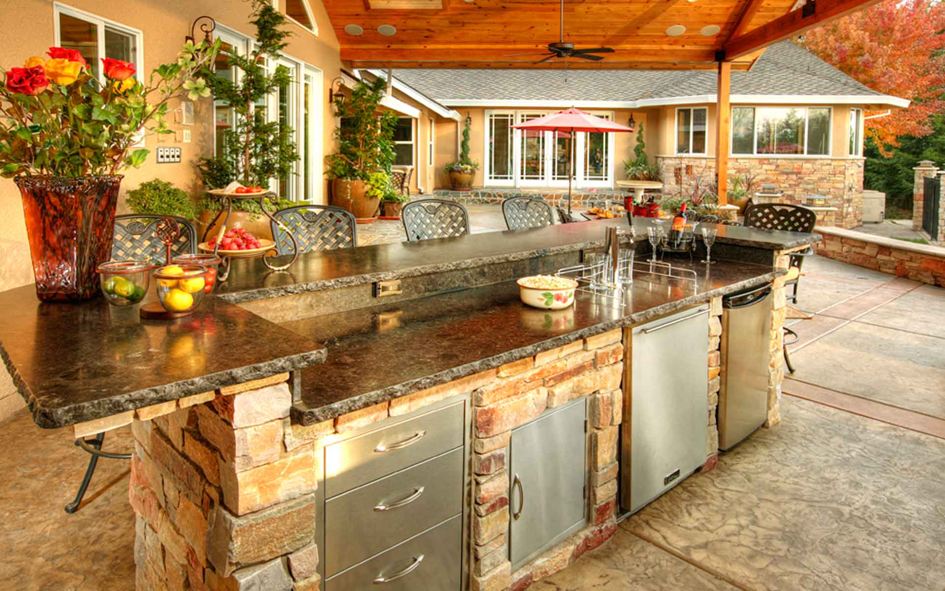Outdoor Living Designs - CKB Creations on Outdoor Kitchen Living Spaces id=43078
