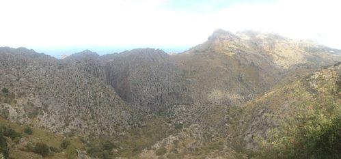 ... o pořádné kopce a výhledy zde není opravdu nouze ...