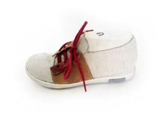 prototype de chaussure en daimet tissus
