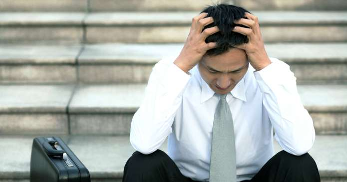 3 Mistakes 40+ aged professionals make that keeps you feeling stressed, overweight and tired.