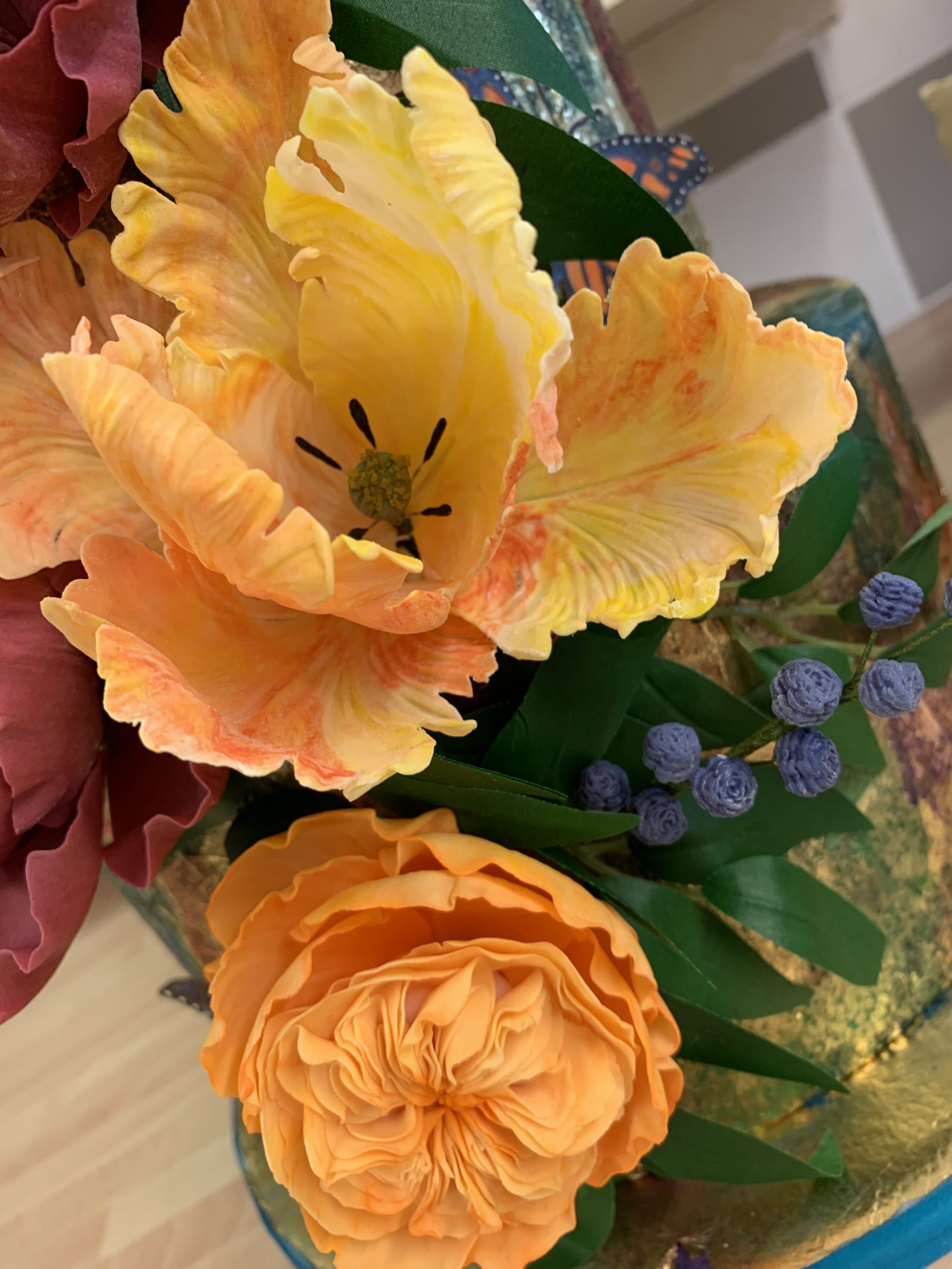 Sugar parrot tulips and roses