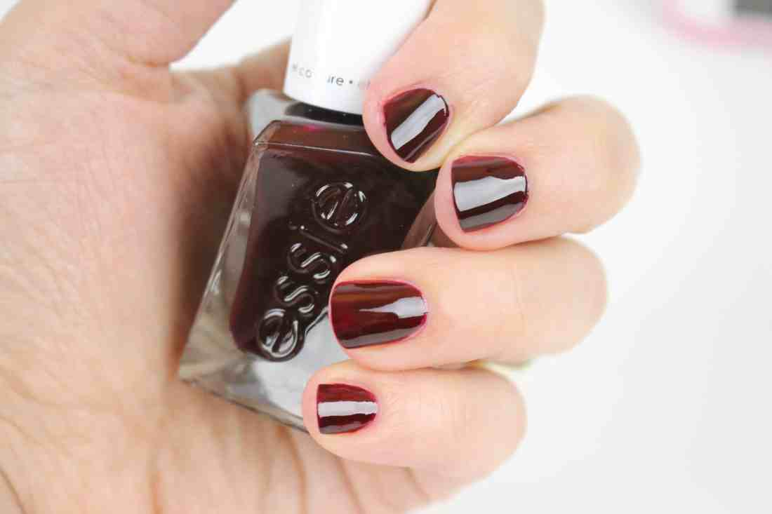 Essie Enchanted Gel Couture Collection for Spring 2018 in 374 Good Knight