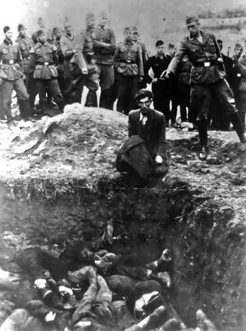 Foto histórica do último judeu de Vinnitsa, Ucrânia, em 1941.