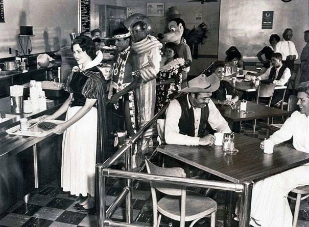 06. Café da Disney em 1961.