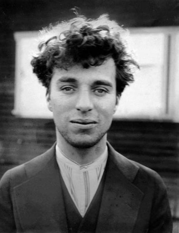10. Charlie Chaplin aos 27, 1916.