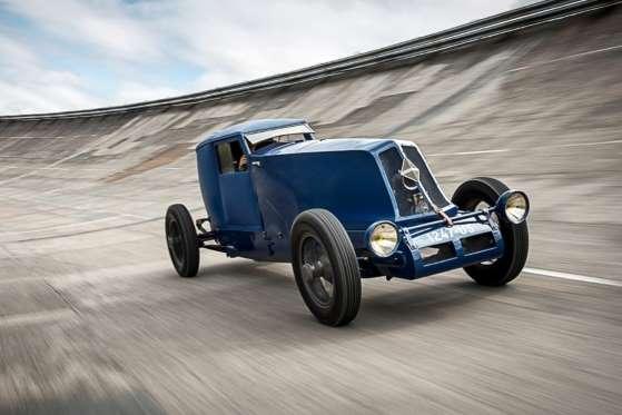 Carro de 1926, foi uma das tentativas da fabricante de se colocar como recordista de velocidade. E foi bem-sucedida. Com motor 9.1 40 CV, fez 50 milhas a 80 km a uma velocidade de 190 km/h e completou 24 horas a uma velocidade média de 172,2 km/h
