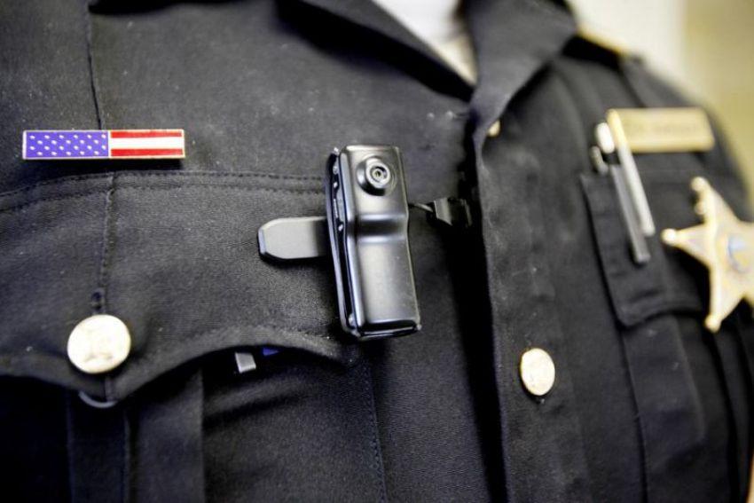 policia-camera-3