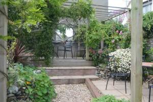 The garden at Susie's tearoom, Appledore.
