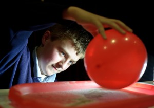 Chris O Donoghue of Scoil Mhichil, Cahermurphy working on a static electricity project at the Clare Education Centre Science Fair. Photograph by John Kelly.
