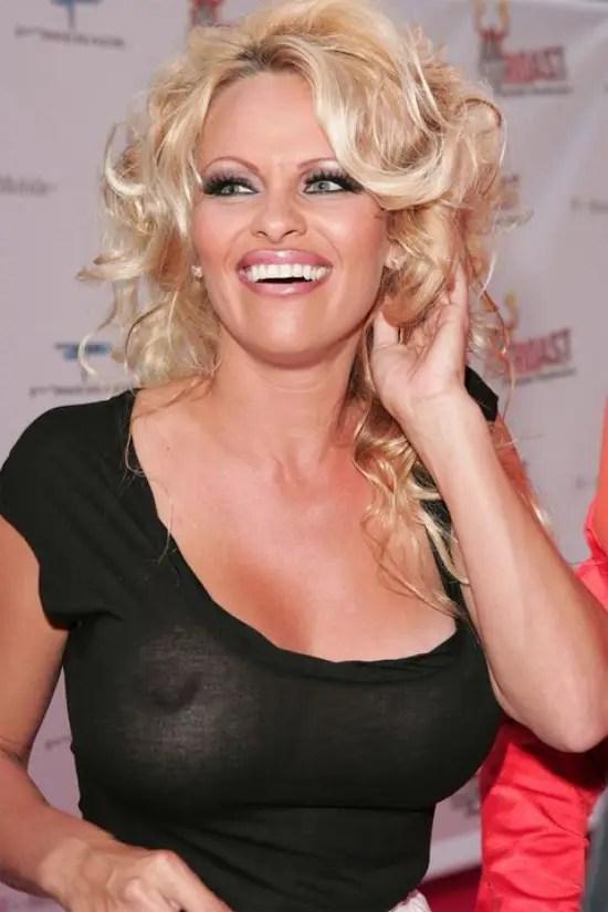 Pamela Anderson braless nip pics