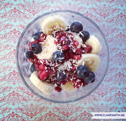 Pomegranate, Blueberries, Banana, Coconut: www.claresmith.me