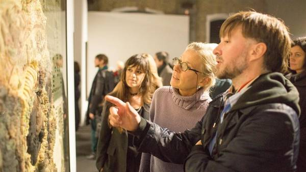 Juliana Lafitte y Manuel Mendanha, el dúo artístico Mondongo en el Museo MAXXI de Roma. Foto: Cezaro de Luca.