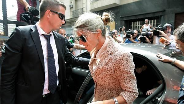 La jueza. Sandra Arroyo Salgado, ex esposa de Niman, ingresa en la fiscalía de Fein, días atrás. DYN