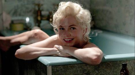 """Marilyn Monroe en una escena de """"Mi semana con Marilyn"""". Su leyenda sigue viva, más vibrante que nunca. (AP)"""
