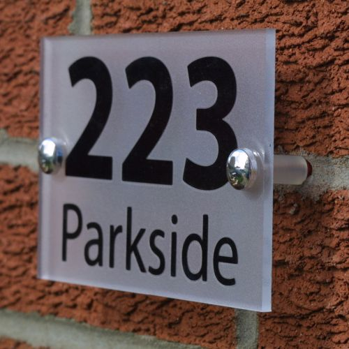 CONTEMPORARY HOUSE NUMBER SIGN/PLAQUE
