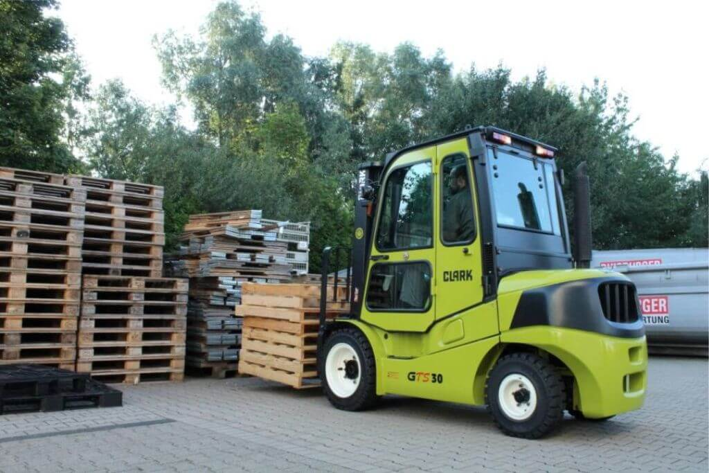 Clark GTS20-33 Application Forklift