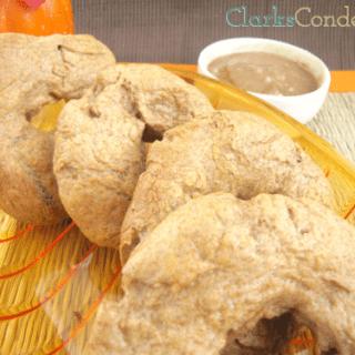 Pumpkin Spice Bagels with Warm Cinnamon-Brown Sugar Butter
