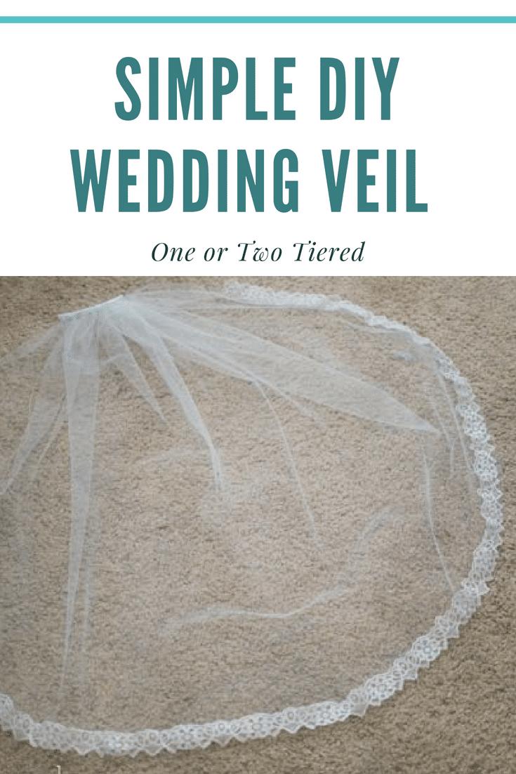 How to make a wedding veil tutorial / DIY Wedding veil / DIY Bridal Veil / DIY Lace wedding veil #diyweddingveil #diywedding  via @clarkscondensed