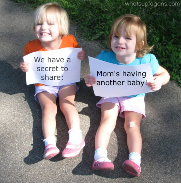 What a cute way to publicly announce a pregnancy! Have your older children spill the beans!