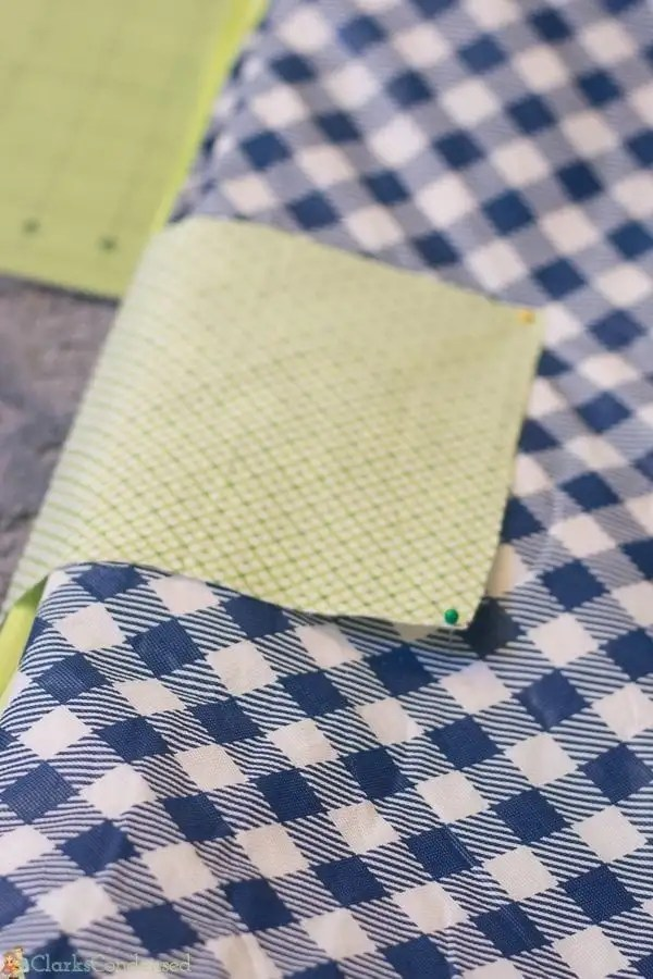 easy-reversible-picnic-blanket-tutorial (6 of 13)