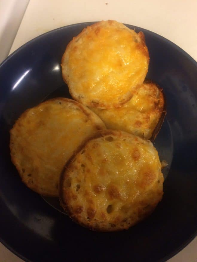 easy garlic cheese toast