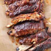 Easy Crock-Pot BBQ Ribs Made in the Slow Cooker (VIDEO)