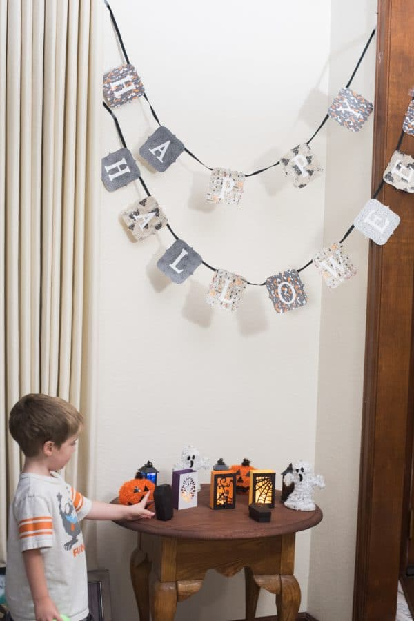 Halloween DIY wall hanging decorations