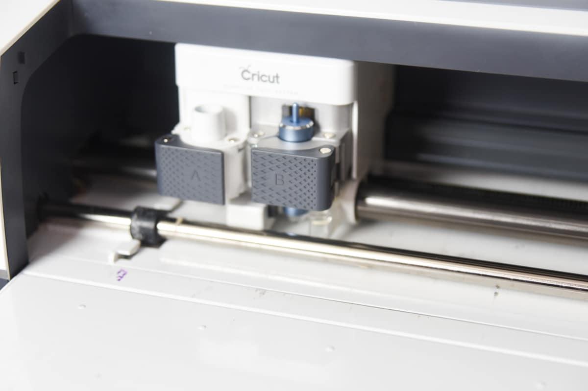 cricut foil transfer housing in clamp b