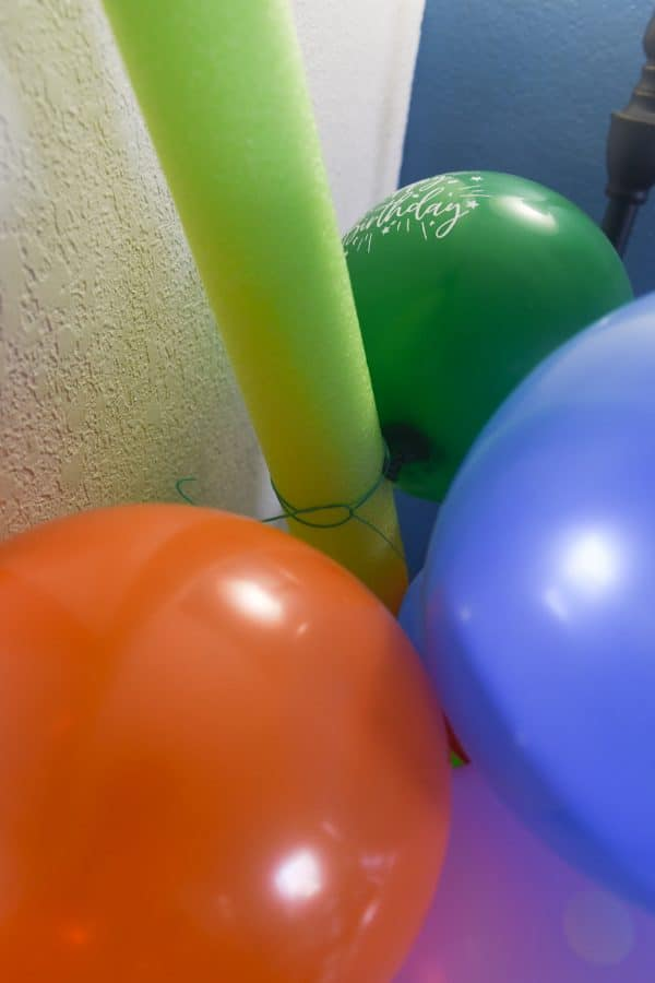 creating balloon arch