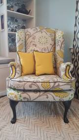 wingback-chair-contrasting-pattern-upholstery-006