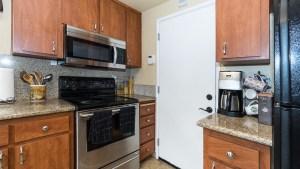 14-Kitchen Stove