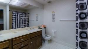 38-Upstairs Bathroom