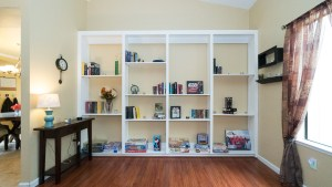 8-Living Room Book Shelf