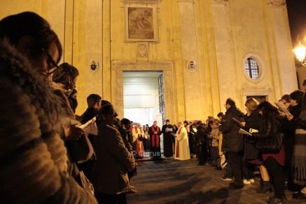 mons.-valentino-di-cerbo-cattedrale-alife-venerdì-santo-