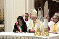 consacrazione-altare-cattedrale-5