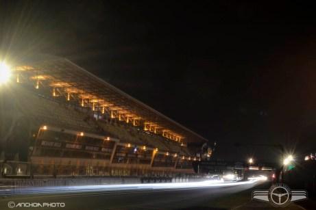 Típica foto nocturna con mucho tiempo de exposición