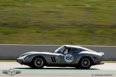 El Ferrari 250 GTO cogiendo velocidad.