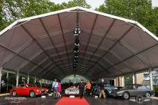 La carpa de RM Sotheby´s con todos los coches de la subasta.