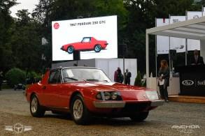 Ferrari 330 GTC Zagato.