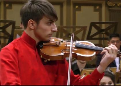 """Violonistul Aron Cavassi în cadrul """"Stagiunii de marţi seara"""""""